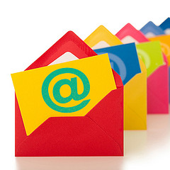 Buenas noticias - email marketing by RaHuL Rodriguez, on Flickr